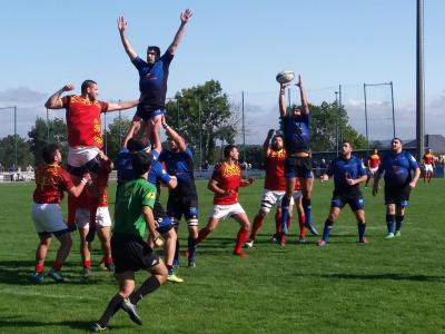 RUGBY :LES LISLOIS SEULS LEADERS